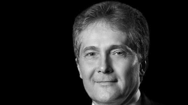 Navždy nás nečakane opustil Ľubomír Petrák - starosta Hurbanovej Vsi